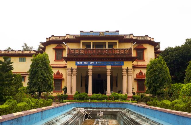 Alice Boner gallery Varanasi Bharat Kala Bhavan