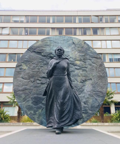 Statue of Mary Seacole, Thomas's Hospital, London